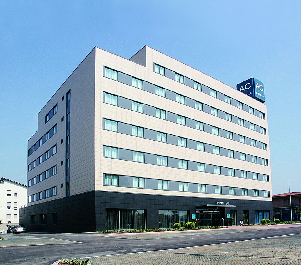 Hotel ac vicenza by marriott vicenza italy for Hotel search