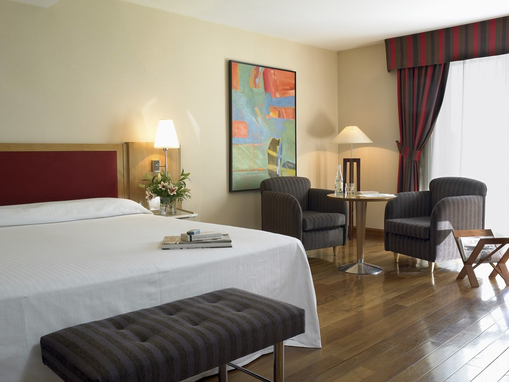 Hotel nh balboa madrid spain for Hotel search
