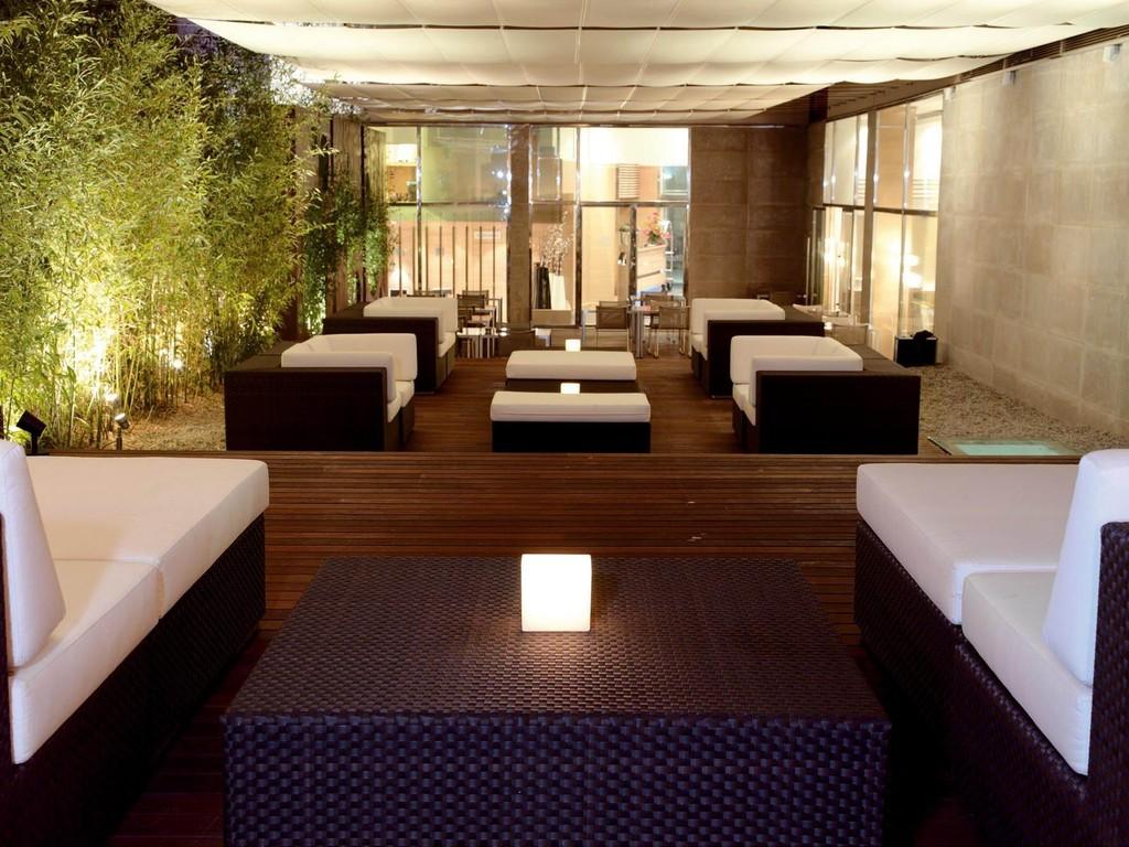 Hotel barcelona catedral barcelona spain for Bar jardin barcelona
