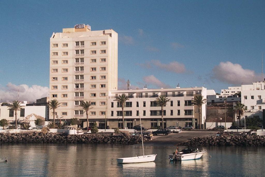 Hotel jm puerto del rosario puerto del rosario espa a - Pension puerto del rosario ...