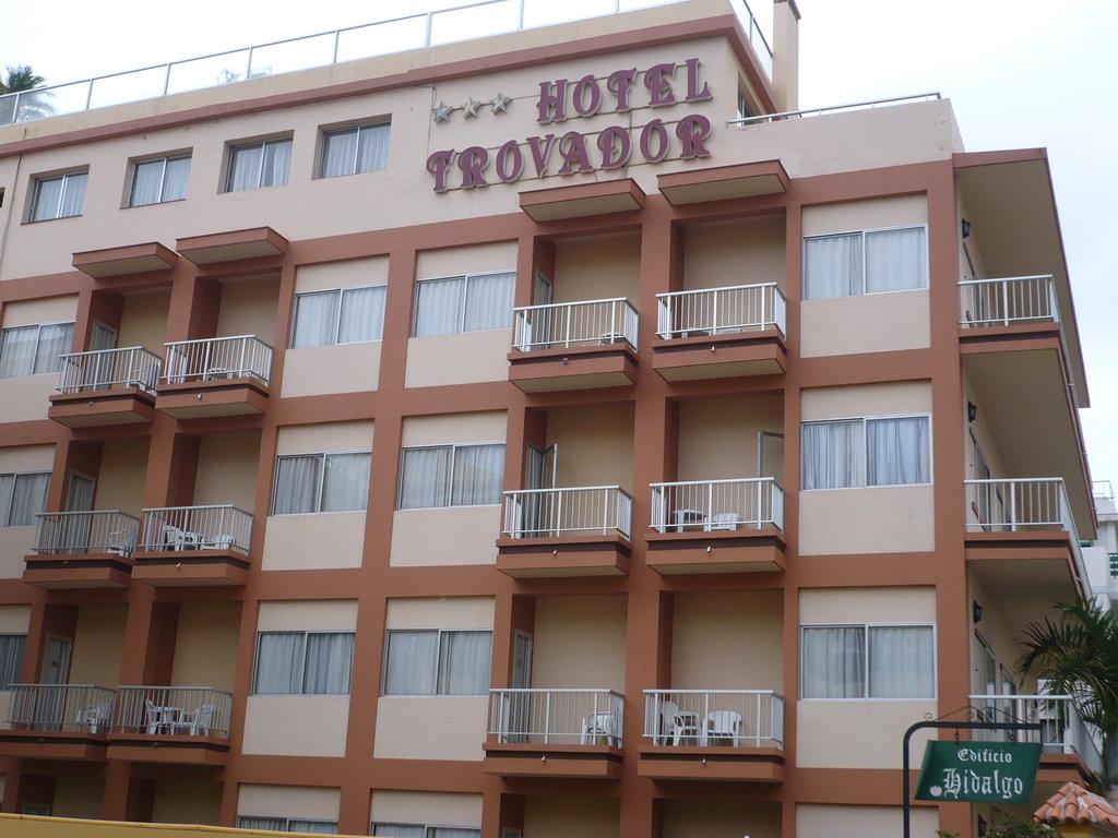 Hotel trovador puerto de la cruz spain for Hotel search