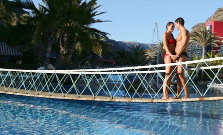 Hotel paradise lago taurito mog n espa a for Piscina lago taurito