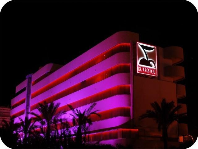 el hotel pacha ibiza: