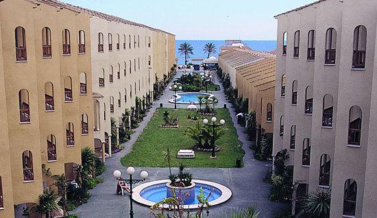 Aparthotel jardines del plaza pe scola espa a - Jardines del plaza peniscola ...