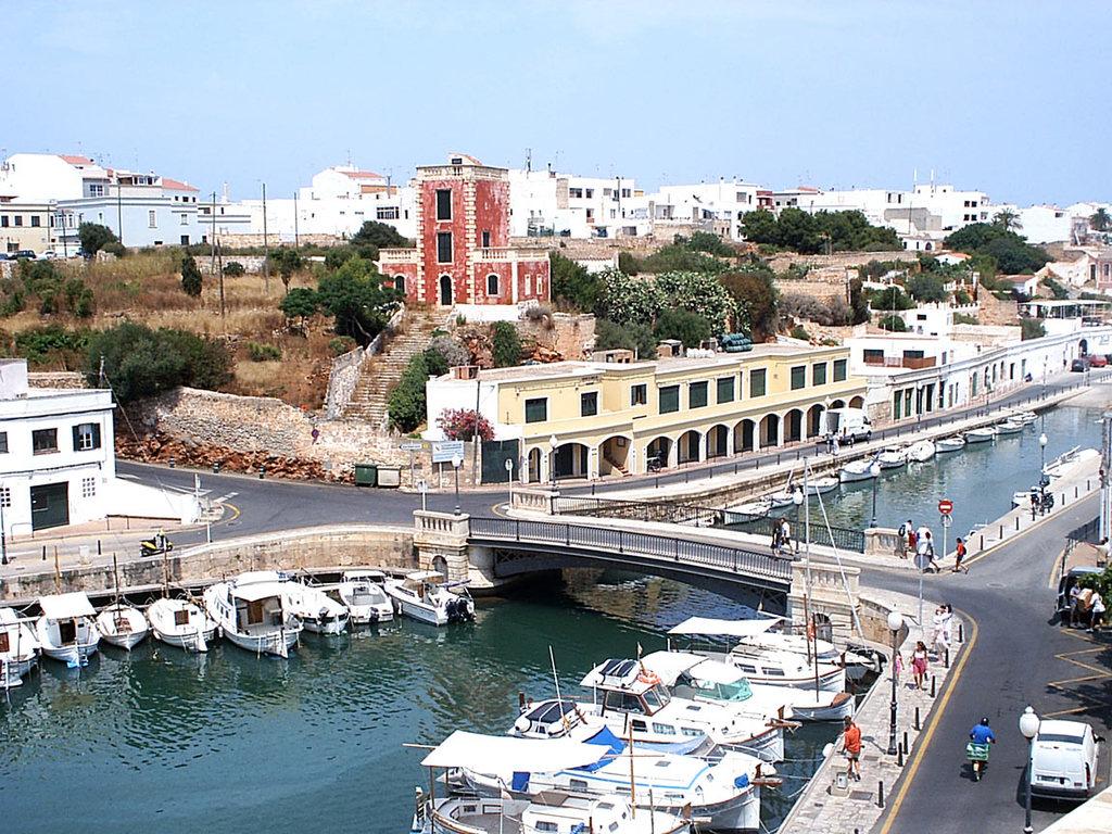 Apartment Sa Caleta Ciudadela Spain Hotelsearch Com