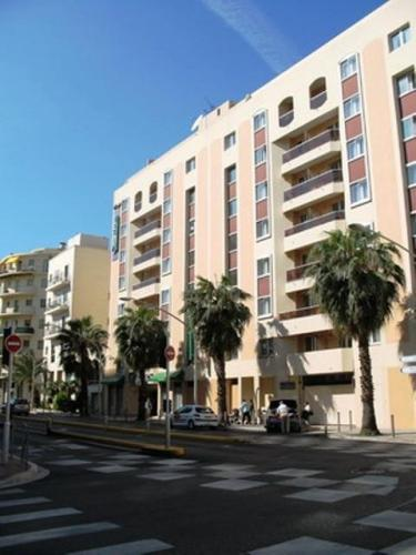 Apartment citadines apart 39 hotel nice promenade nice for Appart hotel menton