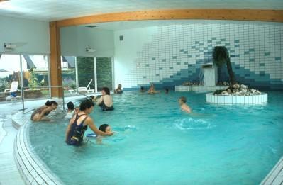 Hotel ibis quiberon plage morbihan france for Thalasso quiberon piscine
