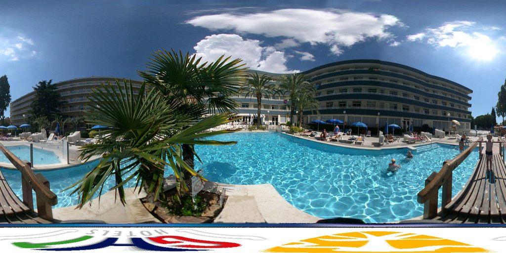 Hotel Port Salins, Castelló d\'Empúries, Spain   HotelSearch.com