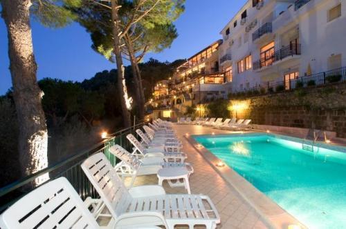 Hotel Residence Le Terrazze, Neapel, Italien | HotelSearch.com