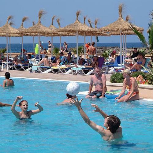 Hotel Sur Mallorca, Ses Salines, España | HotelSearch.com