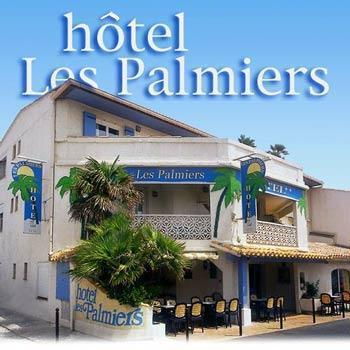 hotel les palmiers en camargue saintes maries de la mer frankreich. Black Bedroom Furniture Sets. Home Design Ideas