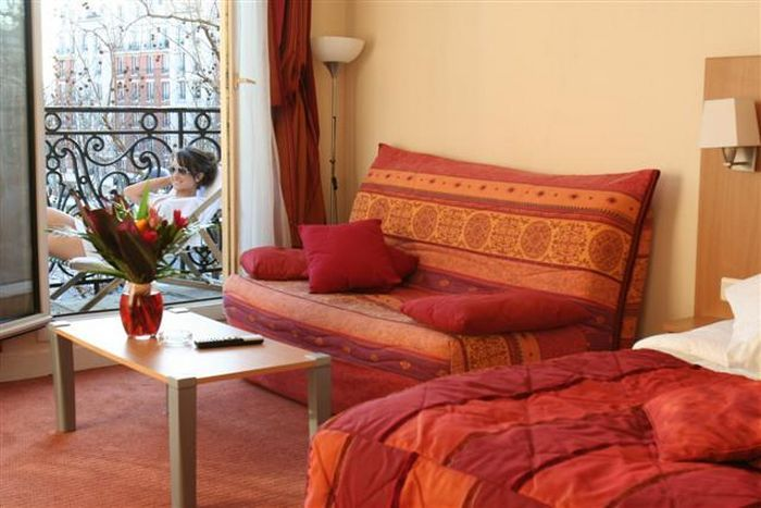 Hotel ideal hotel design paris 14e arrondissement france for Hotel boulevard jourdan