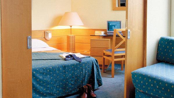 aparthotel adagio city aparthotel paris xv paris 15e. Black Bedroom Furniture Sets. Home Design Ideas