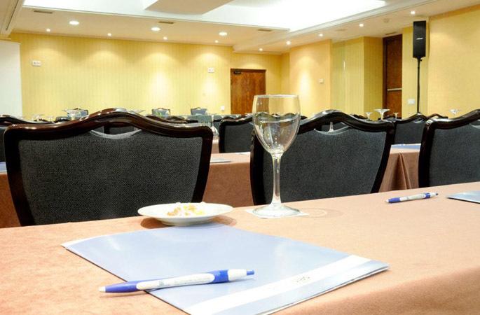 Hotel siete islas madrid spain - Hotel 7 islas madrid ...