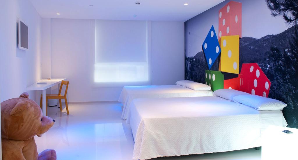 Hotel del juguete ibi espa a - Habitaciones de juguetes ...