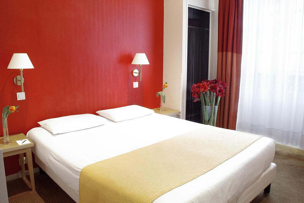 Hotel r gina op ra paris 10e arrondissement france for Hotel regina opera paris